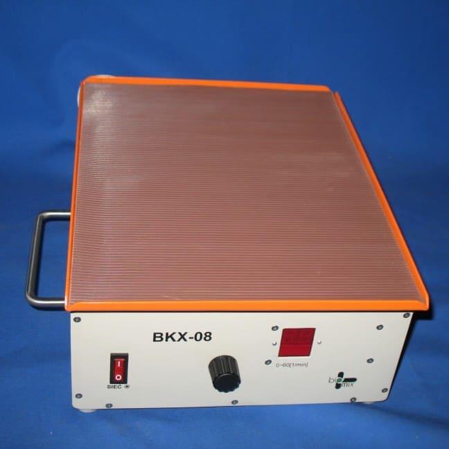 BKX-08 wytrząsarka  kołyskowa