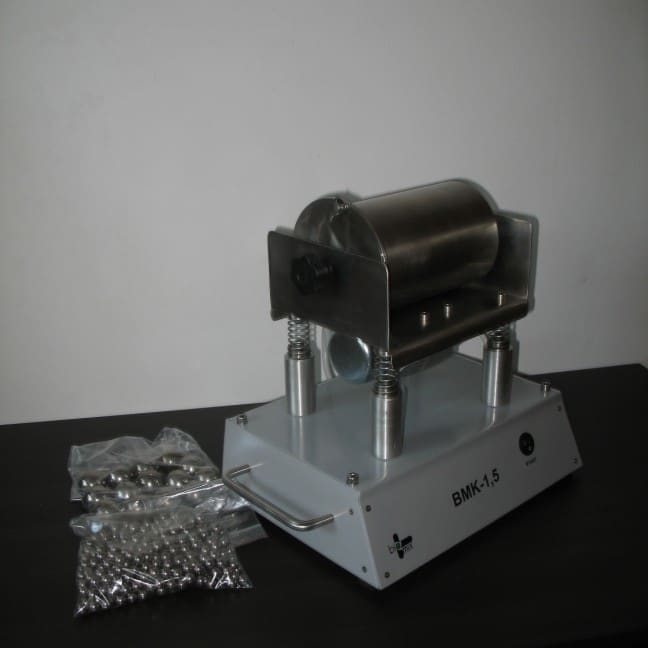 BMK-1,5 młynek wibracyjny
