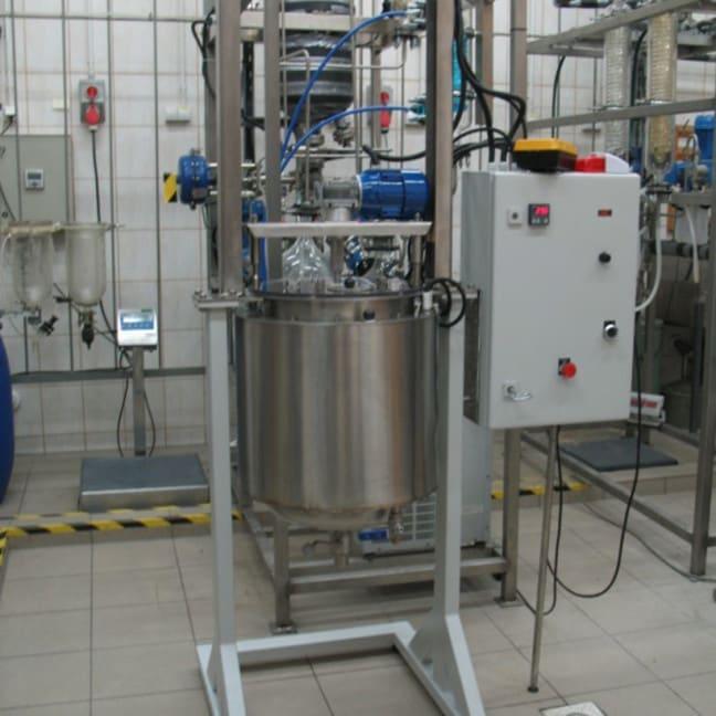 Reaktor-z-p-aszczem-wodnym-50l.-648x648