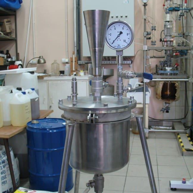 Zbiornik reakcyjny ciśnieniowy